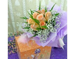 10 Champagne Roses Hand Bouquet